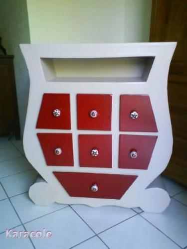 meuble tiroirs meuble d co commode tiroirs carton peinture acrylique cartonnage. Black Bedroom Furniture Sets. Home Design Ideas