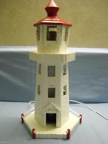 le phare phare marin pinces linge colle peinture laque home d co modelage bois. Black Bedroom Furniture Sets. Home Design Ideas