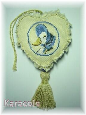 Coeur brodé Jemina l'oie broderie, aïda, pompon  Couture & Art du fil