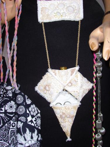 Châtelaine couture, broderie, tissu  Couture & Art du fil