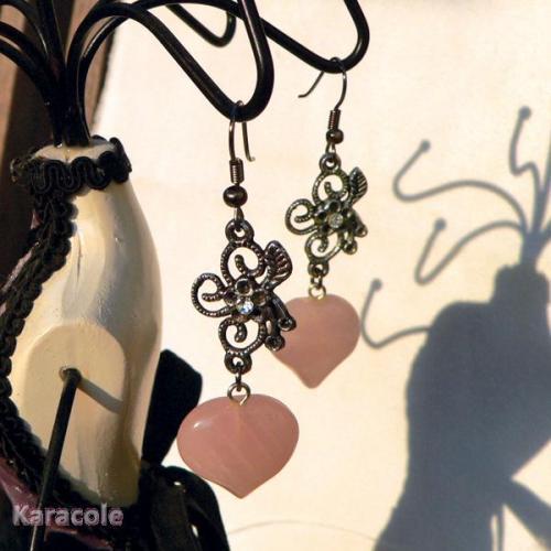 Boucles d'oreilles sur estampe avec perle coeur en quartz rose perles, estampe boucles-oreilles, bijou Mode, bijoux, accessoires