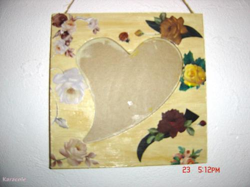 cadre coeur fleuri cadre miroir carton miroir serviettage peinture cartonnage papeterie. Black Bedroom Furniture Sets. Home Design Ideas
