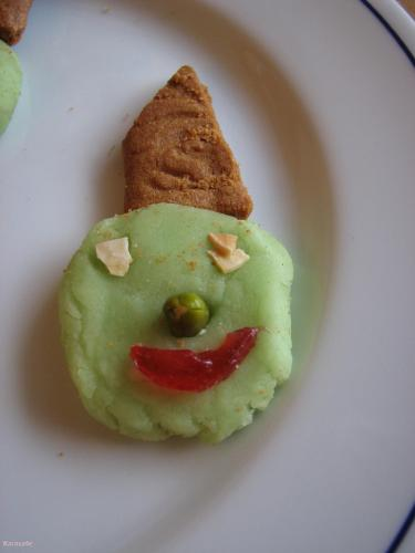 Têtes de sorcières pâte-amande  Récréation culinaire