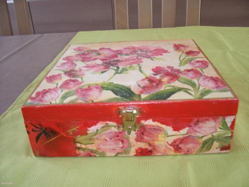 bo te th rangement bo te cuisine peinture home d co modelage bois cadres fleurs. Black Bedroom Furniture Sets. Home Design Ideas