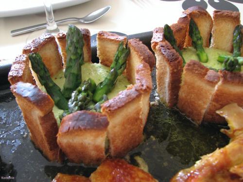 Charlotte au flan d'asperges asperges, cercle  Récréation culinaire